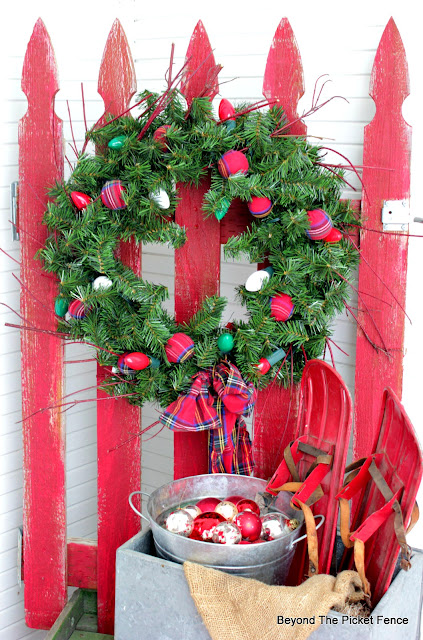 a rustic cabin style christmas wreath from the thrift store