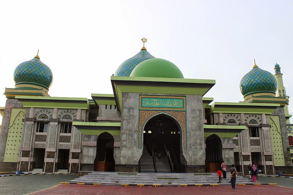 Foto Kemegahan Masjid An-Nur Pekanbaru Riau