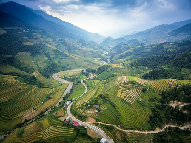 2 days in Sapa you experience what?