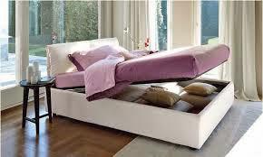 Diseño de cama matrimonial