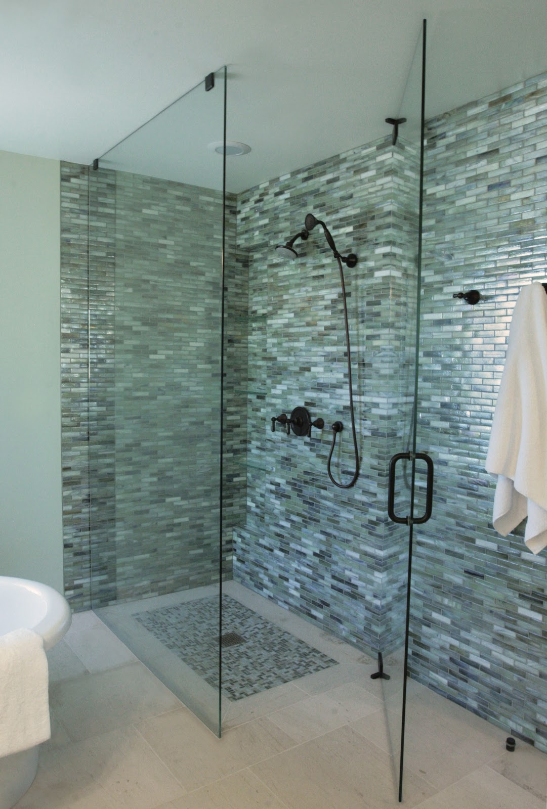 Going Green in Style : Alpentile Glass Tile Pools and Spas
