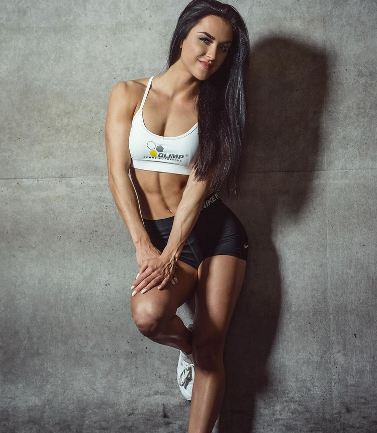 Marina Krause Instagram fitness model