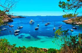 Te gustaría perderte en Ibiza