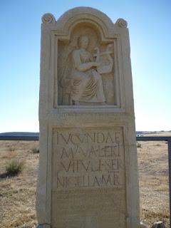 Estela funeraria de Lucunda