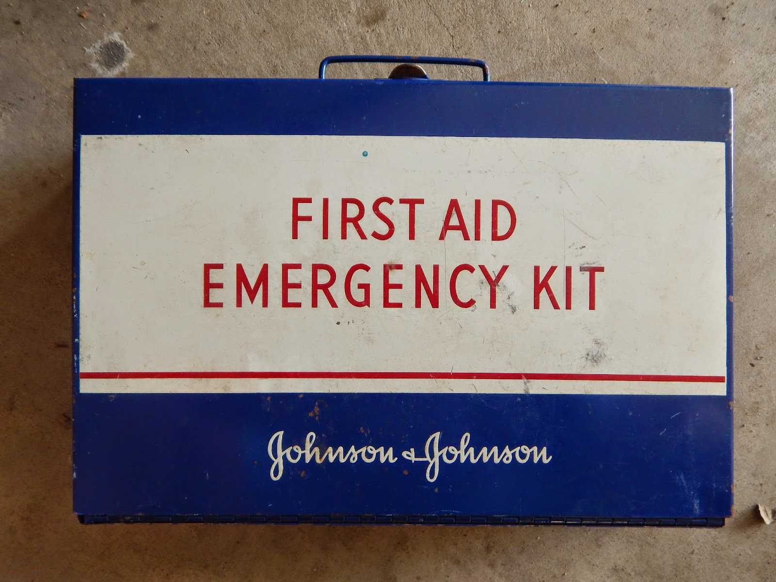 a window to my world vintage first aid kit