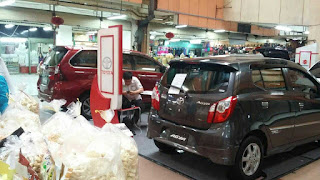 pameran mobil toyota surabaya
