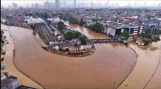 Anies Tanggapi Komentar Ahok Soal Banjir Jakarta