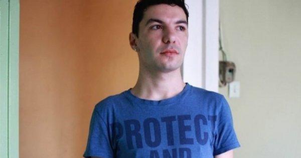 Μαρτυρία αλλοδαπού για την ληστεία από τον Ζακ Κωστόπουλου: «Mας απειλούσε όλους με γυαλί - Μας έσωσαν οι αστυνομικοί»
