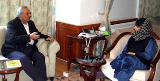 mehrishi-arrives-discusses-overall-situation-with-mehbooba