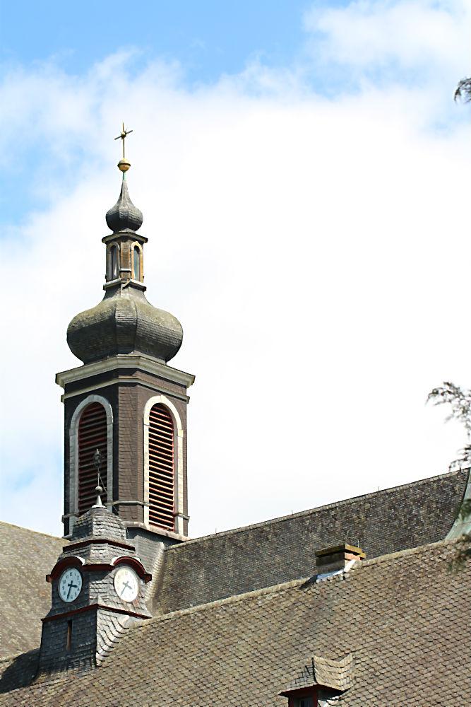 Turm des Gäste- und Exerzitienhauses Abtei Himmerod im Salmtal  | Arthurs Tochter kocht von Astrid Paul, der Blog für food, wine, travel & love