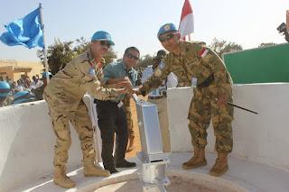 Akhiri Penugasan, TNI di Darfur Bangun Pompa Air Untuk Masyarakat Lokal