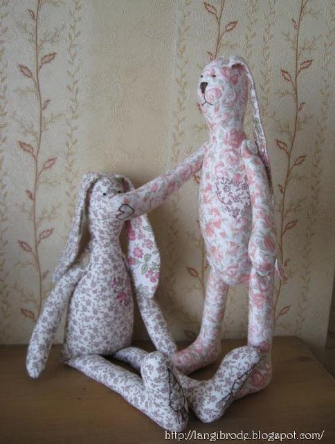 Зайцы и юбочки