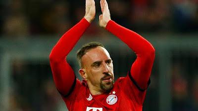 Franck Ribéry é um futebolista francês que atua como ponta-esquerda. Defende atualmente o Bayern de Munique. Wikipédia
