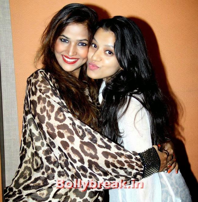 Tanisha Singh and Madhavi Shrivastava, Tanisha Singh at 'Game Paisa Ladki' Song Recording