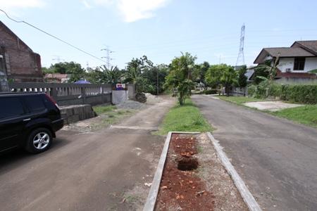[Image: 291e+Jalan+dua+jalur+didepan+Town+house.jpg]