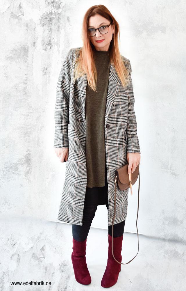 Wie trage ich einen Karo Mantel, Langer Mantel