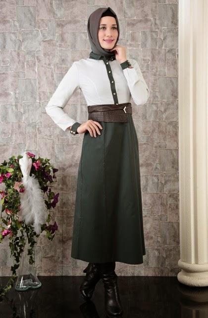 v tement kayra avec robe tr s moderne en avant exclusivit hijab fashion and chic style. Black Bedroom Furniture Sets. Home Design Ideas