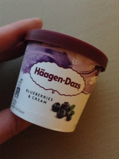 Haagen Dazs Blueberries & Cream