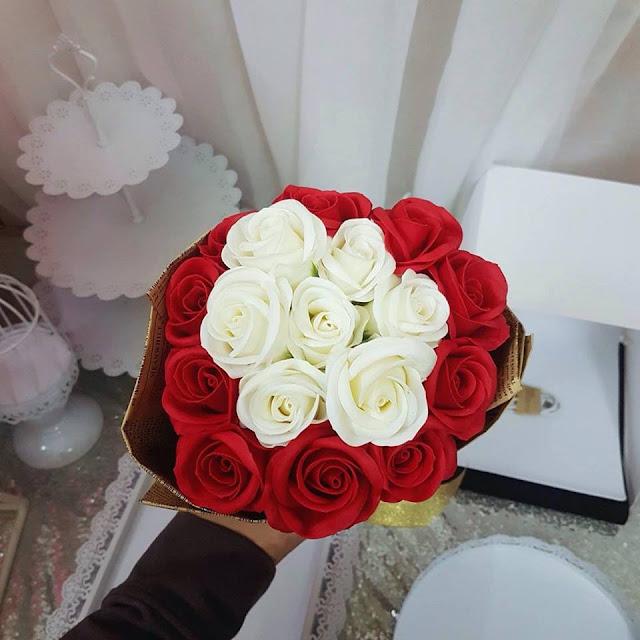 Hoa hong sap thom vinh cuu tai Tay Ho
