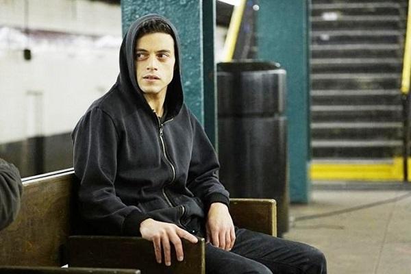 المصرى رامى مالك افضل ممثل فى الدراما الامريكية