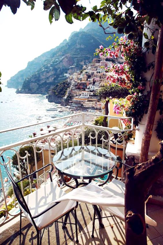 Top 5 travel destinations 2017 asili glam for Best italian vacation spots