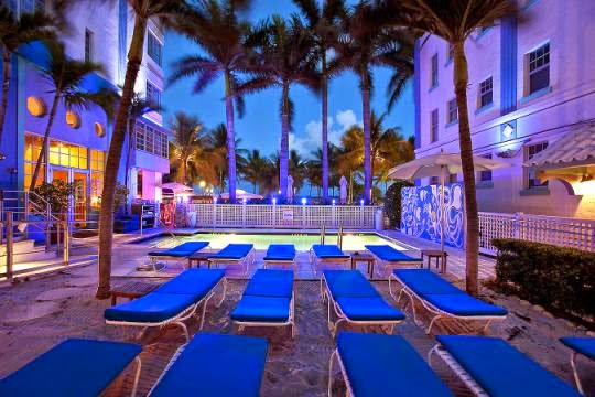 Hotel miami beach park central dicas da fl rida orlando for Piscina u central