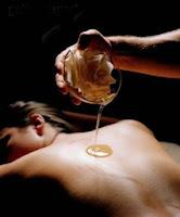 massage assis décontracter le haut du dos pas cher à l'huile aube