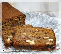 http://gourmandesansgluten.blogspot.fr/2014/02/cake-banane-dattes-et-noix-la-polenta.html