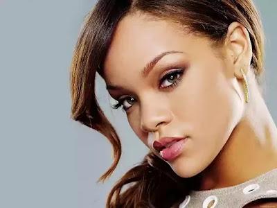 Rhianna most popular female singer in the world