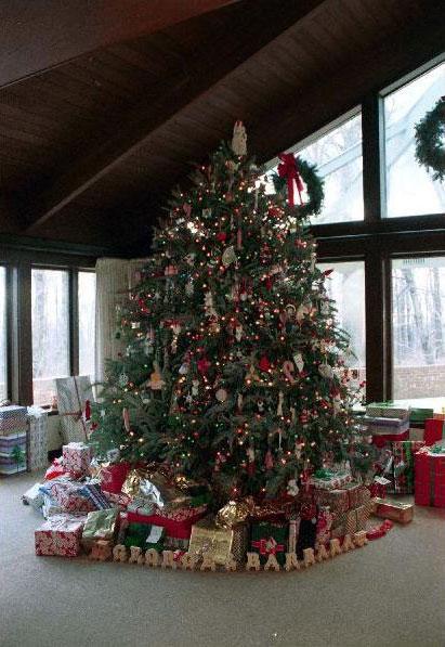 About Camp David Christmas At Camp David - Camp Christmas Tree