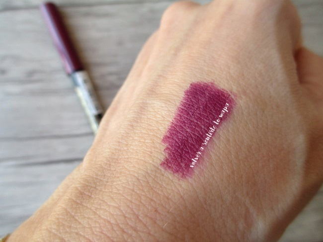 Haul Primark - Lipliner tono Berry - Swatches