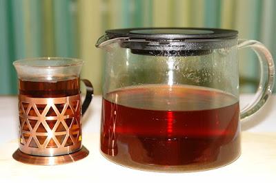 chá de uxi amarelo e unha-de-gato