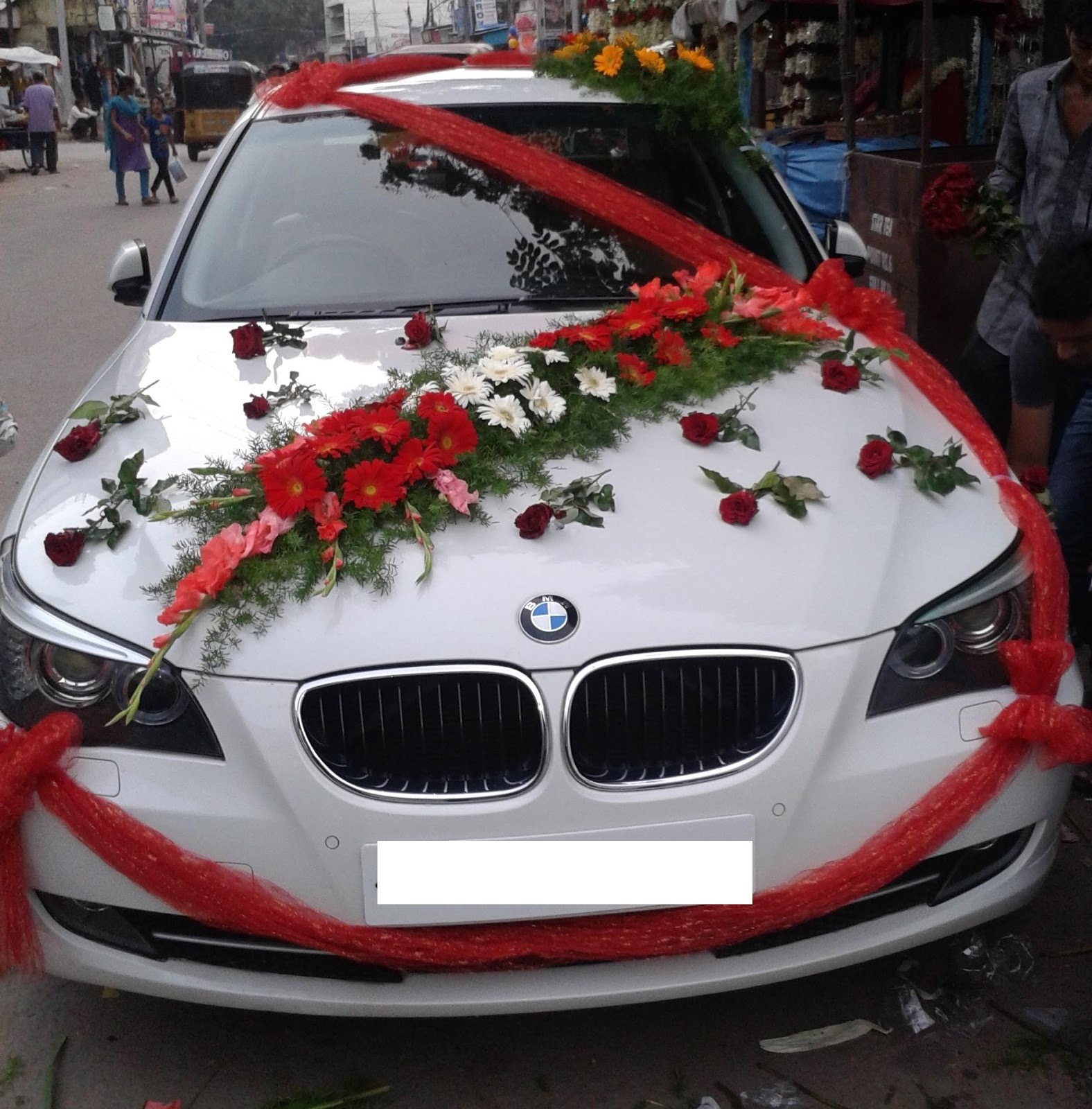 We Decorate Wedding Cars In Diffe Styles And Designs You Can View These Car Decorations Images Contact Us For Your Decoration