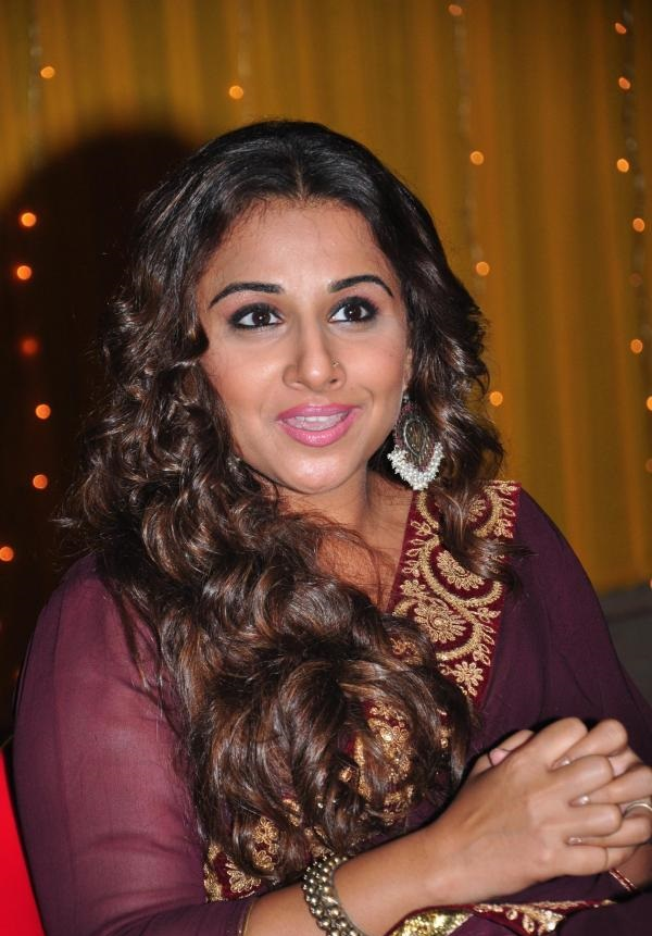 Vidya Balan Latest Photos In Maroon Color Saree