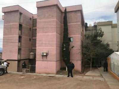 Madre de dos niños muere al caer de quinto piso en Nogales