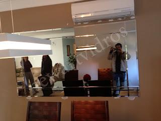 foto de espelho na cor bronze com junção mais bisote em 9 peças