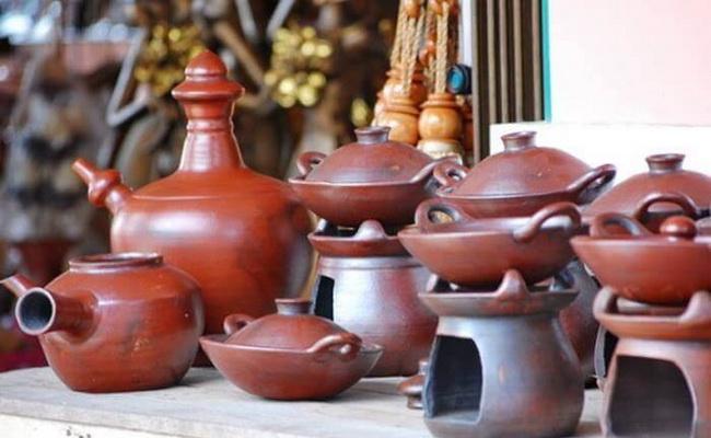 Xvlor.com Kasongan ceramic craft center design development for long time