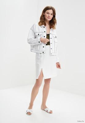 Faldas Blancas Cortas