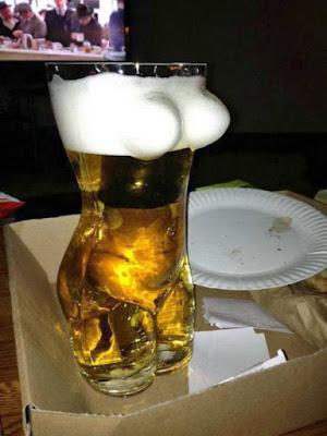 Lustiges Bierglas für Männer