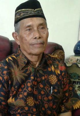 Surat Keputusan Majelis Latupati Maluku telah memutuskan Kabupaten Maluku Tenggara (Malra) sebagai tuan rumah dalam rangka melaksanakan rapat kerja pengurus Latupati Maluku.