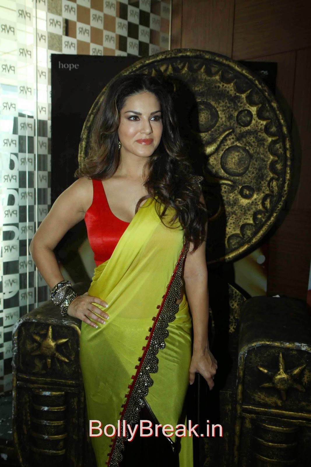 Leela Movie Actress Sunny Leone Hot Pics In Yellow Saree -7379