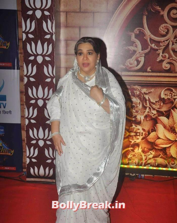 Farida Jalal, Zee Rishtey Awards 2014 Photo Gallery