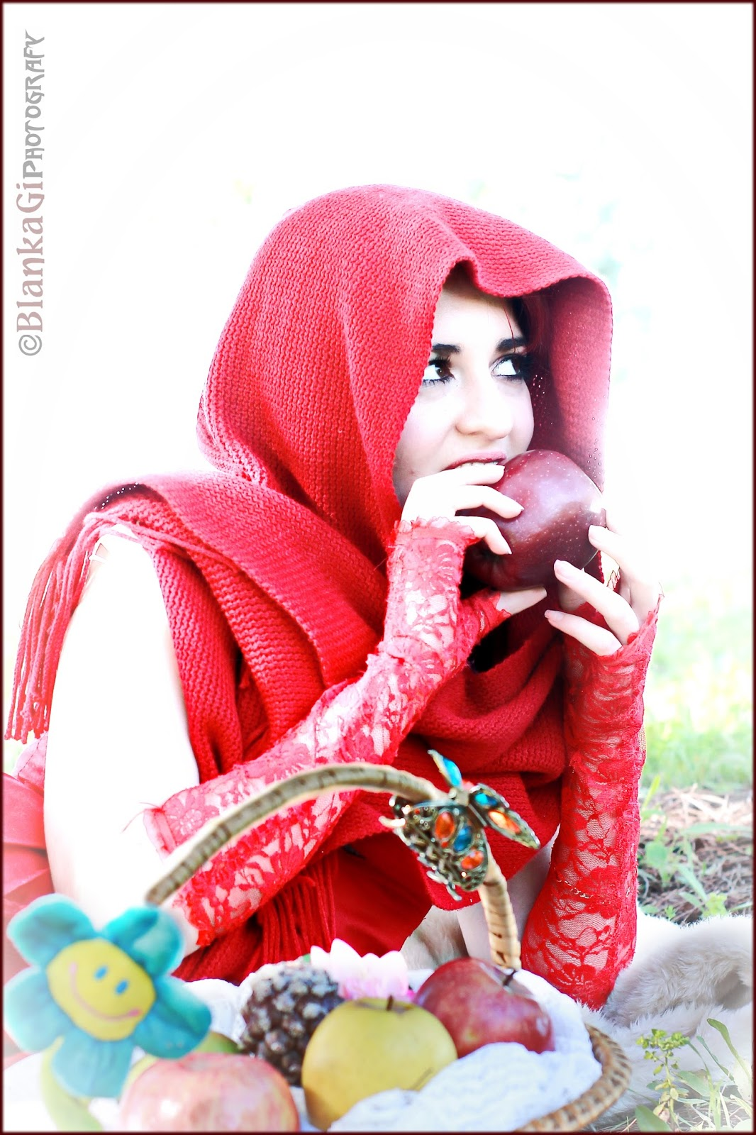 BlanKaGi Photografy: Little Red Riding Hood