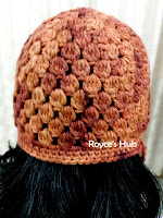 http://roycedavids.blogspot.ae/2014/11/the-raining-acorns-crochet-beanie.html