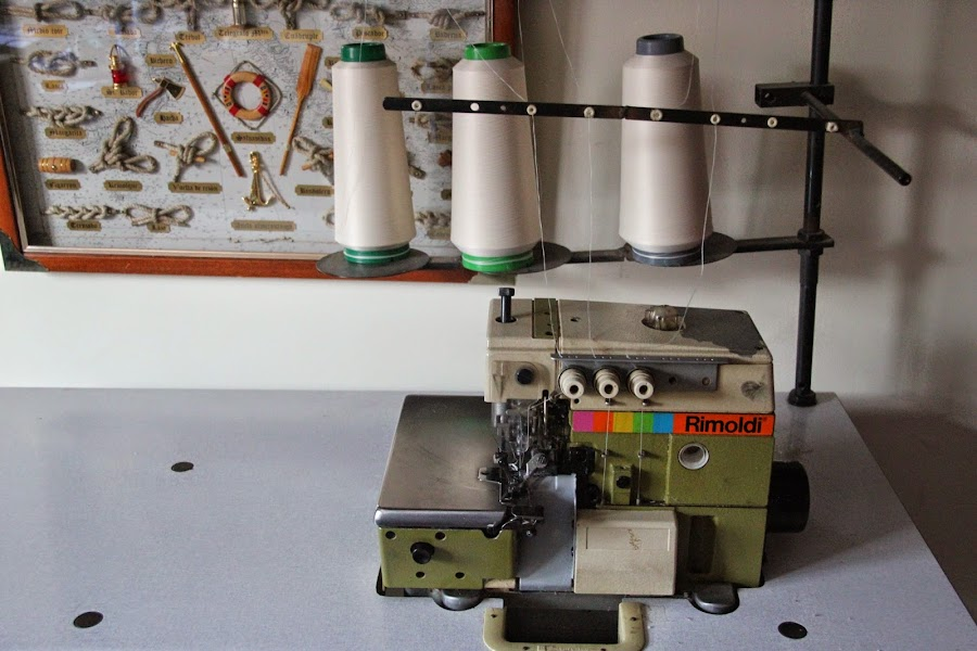 maquina de coser overlock costura. Clases de costura gratis
