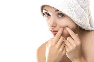 Éliminer l'acné définitivement astuces beauté