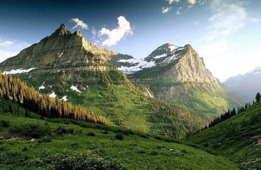 Manusia Berusia Panjang Hidup di Dalam Gunung