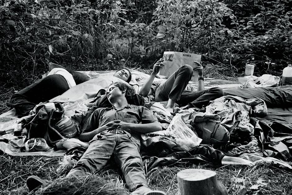 60 Amazing Photographs Showing Life, Love, and Community at the Woodstock Festival, August 1969 ...