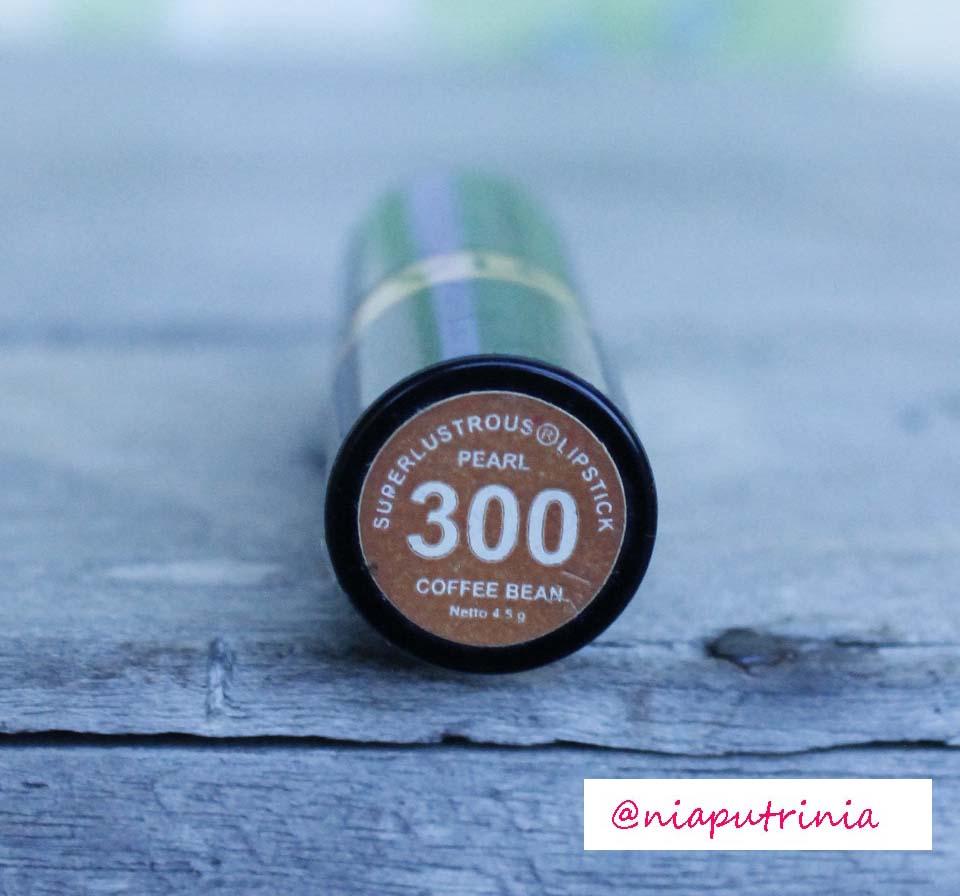 Revlon Super Lustrous Lipstick ,Coffee Bean 300 ~ Beauty