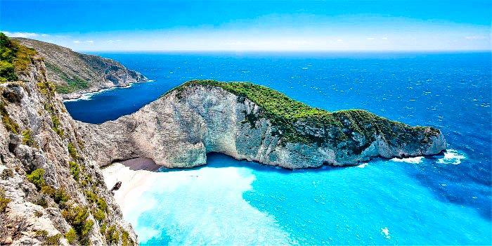 Navagio, isola di Zante, Grecia